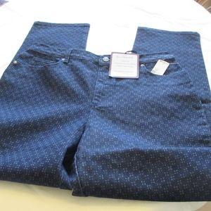 "NWT - VANDERBILT ""Amanda"" jeans - sz 14 Short"
